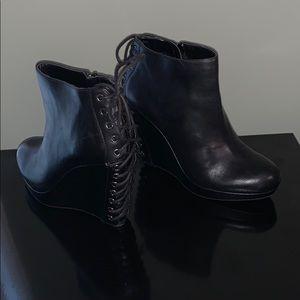 Gianni Bini black leather corset lace wedge bootie